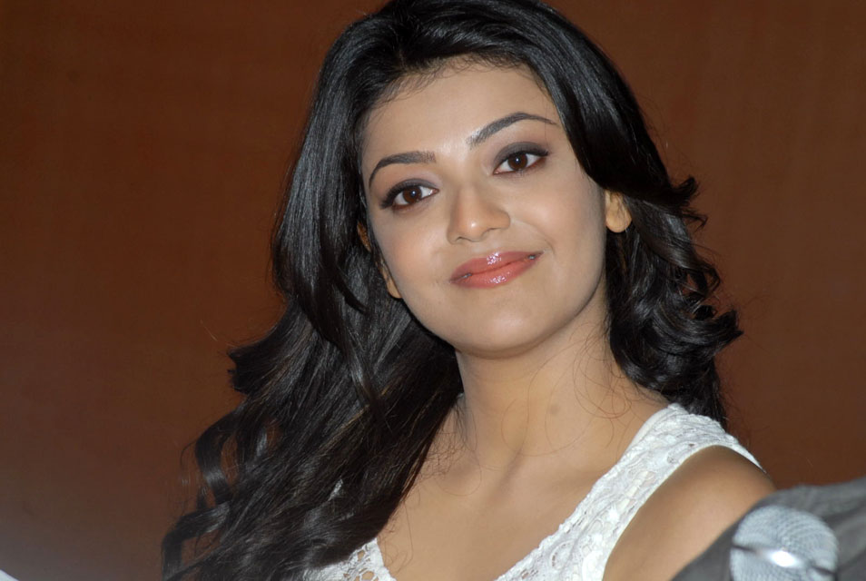 Kajal Agarwal Beautiful: Kajal Agarwal HD Stills -8
